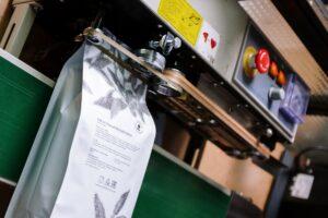 Verpackungstechnik – Wie kommen Lebensmittel in die Tüte?