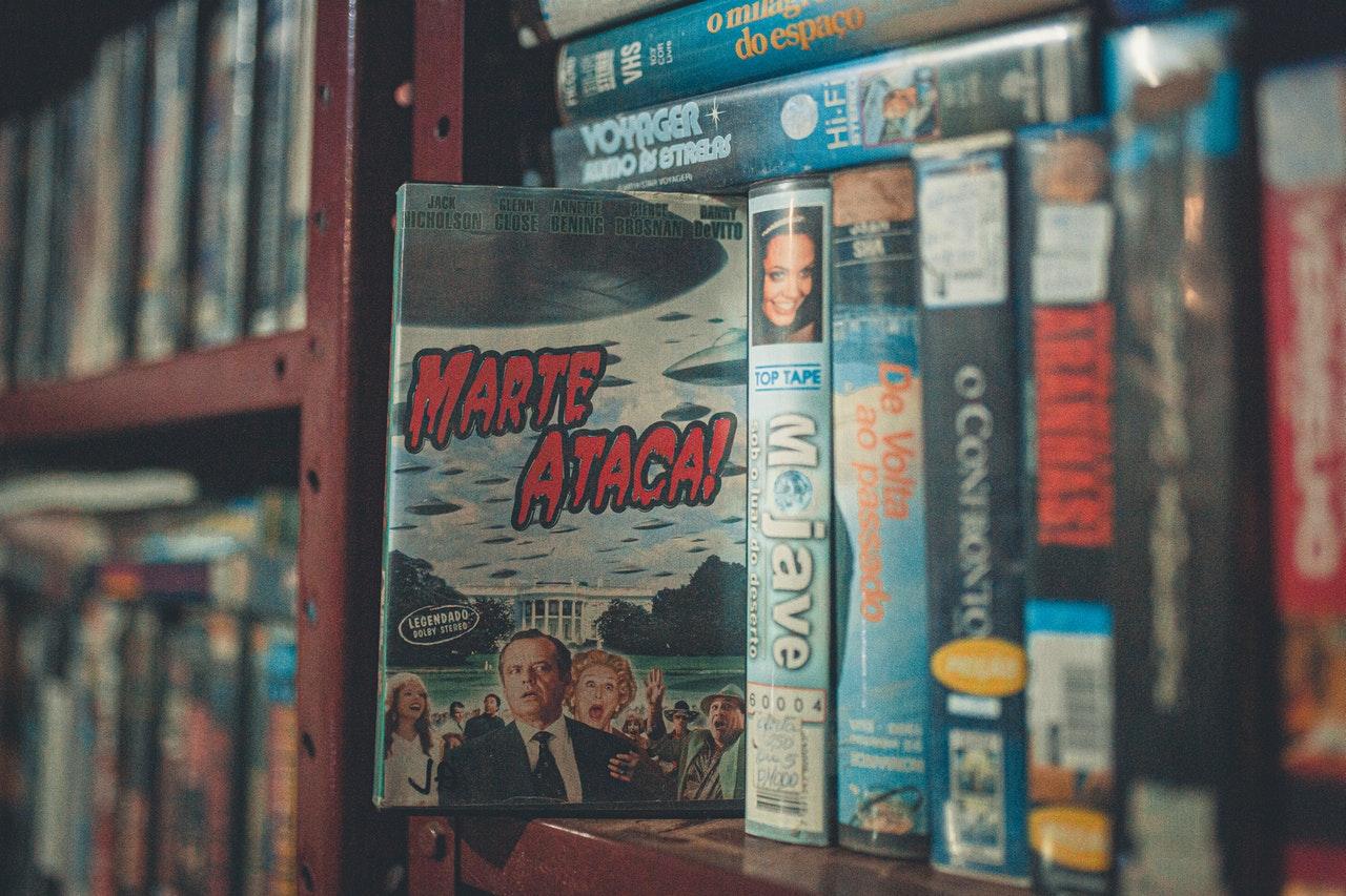 Ein DVD Abend planen und in Erinnerungen schwelgen